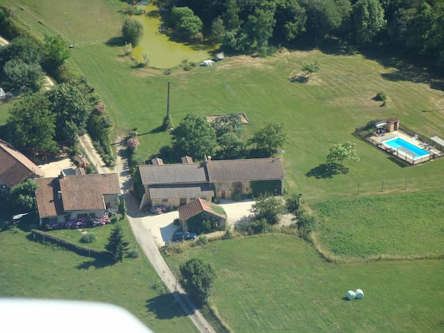 School cottage, holiday home - Villamblard - Casa