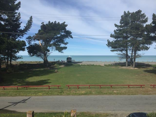 Seaside Retreat for relaxing and unwinding - Amberley