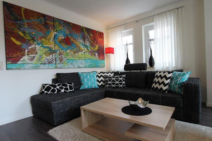 A&M 5-Sterne-Ferienwohnung Buchen - Buchen - Casa de vacaciones