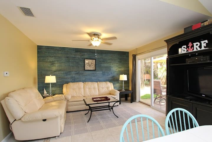 Private Beach Access | Free Parking | Heated Pool - Miramar Beach - Townhouse