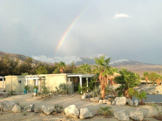 Casita Curativo - Desert Hot Springs - Huis