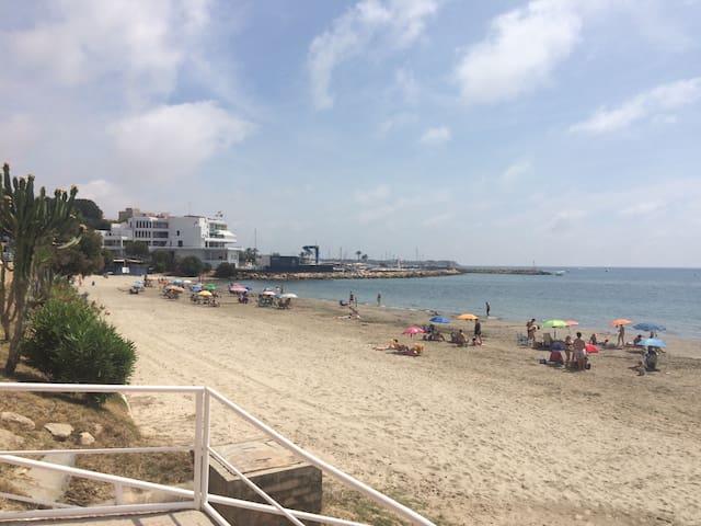 Playa cómodo chalet 2 dormitorios - Torre de la Horadada - Hus