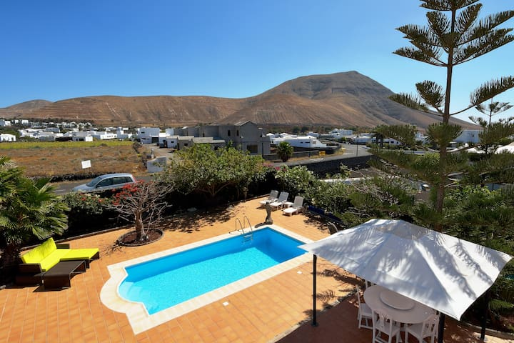 Paradise Yaiza Private Pool Terrace bbq wifi ! - Yaiza - Villa