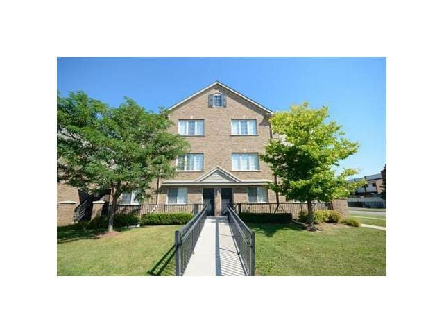 KW Private Rm. (Central to Guelph/Cambridge/W.loo) - Kitchener - Appartement en résidence