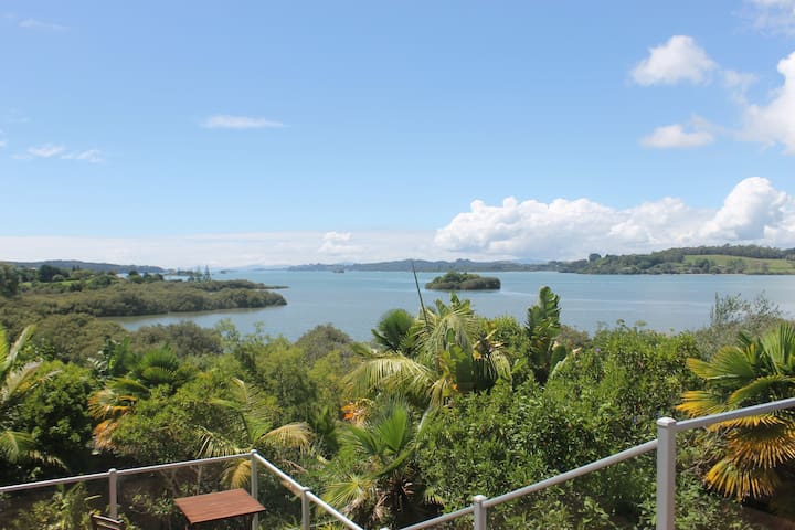 Tranquil waterfront home in Bay of Islands - Kerikeri - Ev