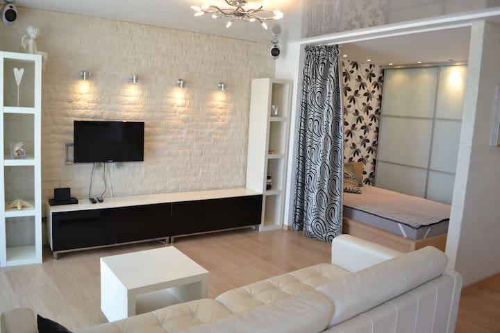 Дизайнерские апартаменты в центре - Wolgograd - Wohnung