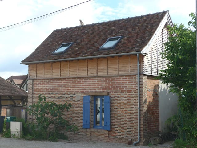 The Oul' House - Lusigny-sur-Barse - Hus