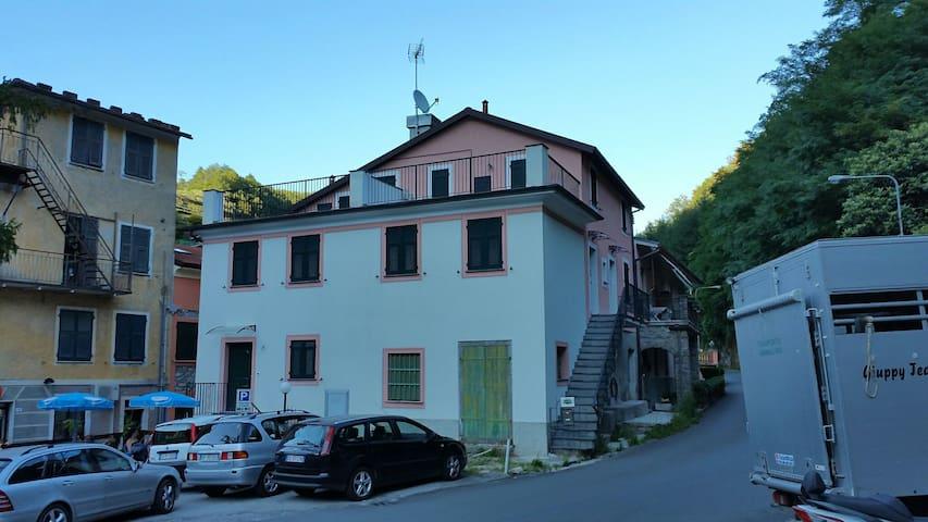 Casa vacanze I TRE PONTI - Mezzanego  - Lägenhet