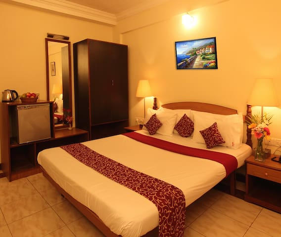 Comfy Deluxe room with Lake/Paddy Field view - Betalbatim - Bed & Breakfast