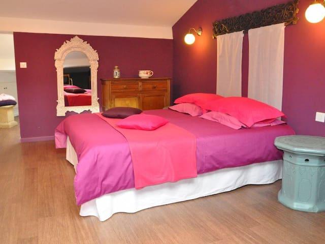Chambre Haute-Garonne - Caraman - Bed & Breakfast
