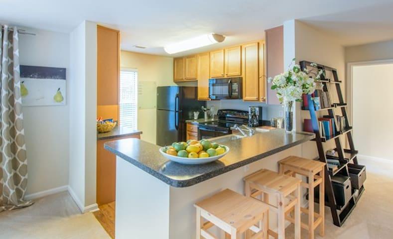 Cascades Overlook Apartment!-1b - Sterling - Appartement
