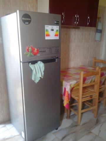 SUPERBE APPARTEMENT VUE SUR MER - Sidi Ghiles - Lägenhet