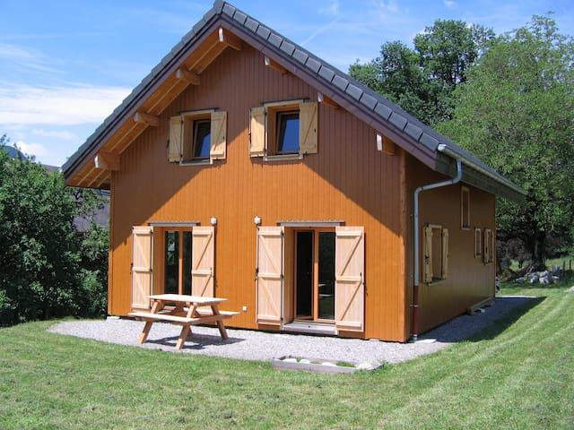 Maison récente au coeur des Bauges - Annecy - Casa