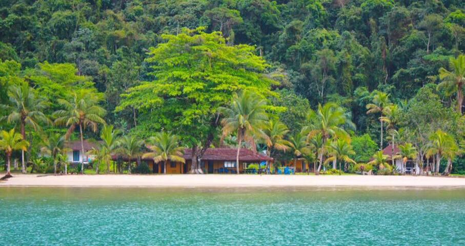 Mamanguá Beach Hostel - Couple's Room - Paraty
