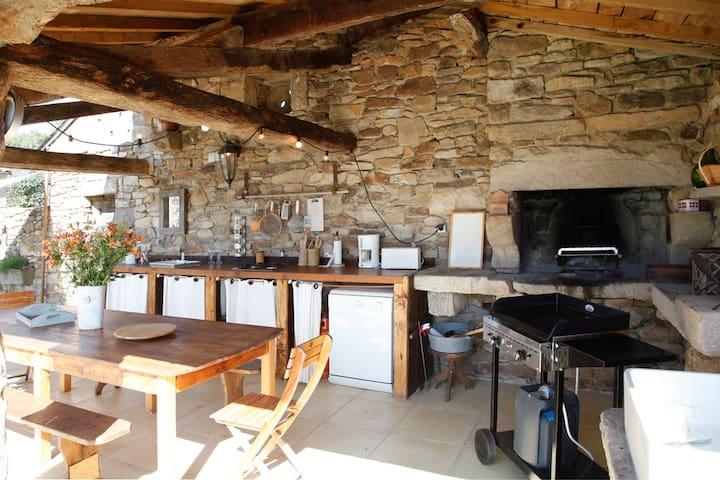 3 maisons en  pierre avec piscine chauffée - Lacapelle-Ségalar - Obsługiwany apartament