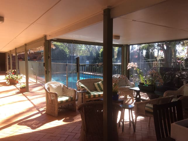 Apartment on Charming 5 Acre Boutique Farm & Pool - Tamborine Mountain
