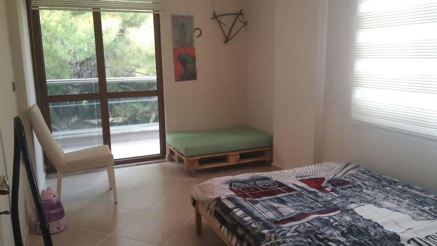 Room at Siteler, Marmaris (500 m. to the seaside) - Armutalan Belediyesi - Ev