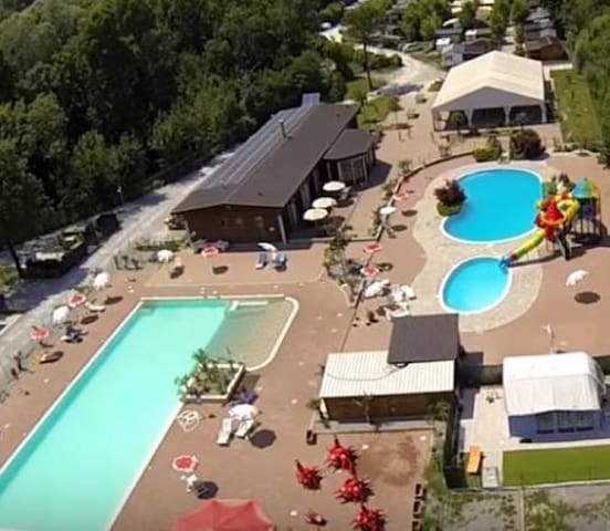 Holiday Chalet Italy directly on Lake Pusiano - Cascina Gera - Hytte (i sveitsisk stil)