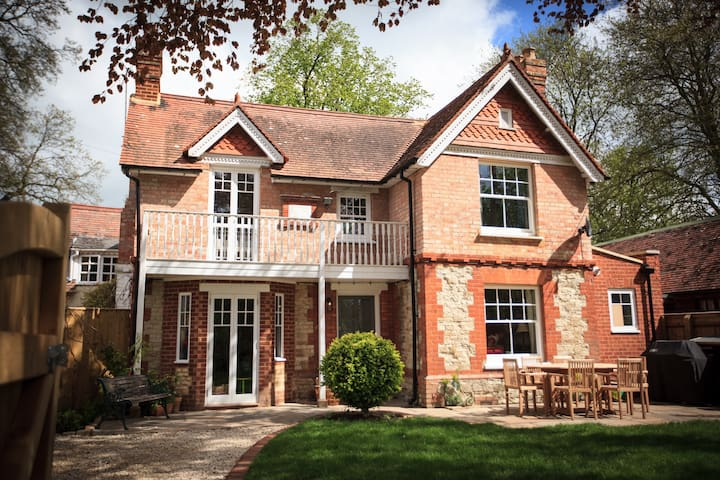 Quintessentially British Home in Oxfordshire - Warborough - Rumah