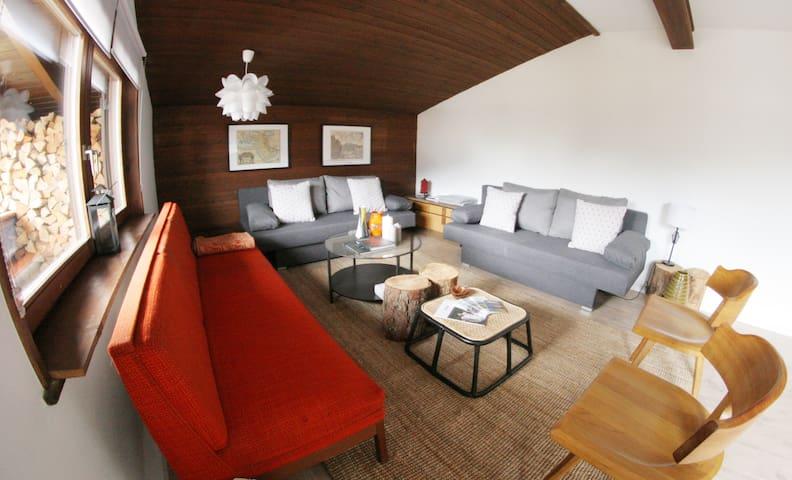 Central Family Friendly Design Apt with View - Seefeld in Tirol - Lägenhet