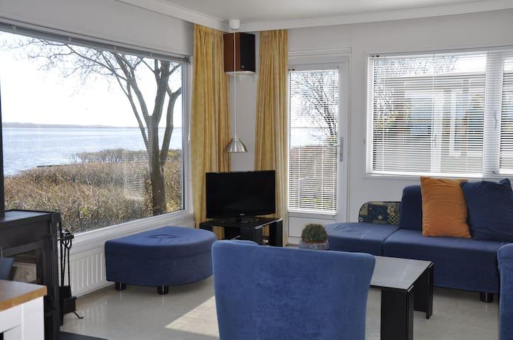 Vakantiechalet voor 4 personen aan het Lauwersmeer - Anjum