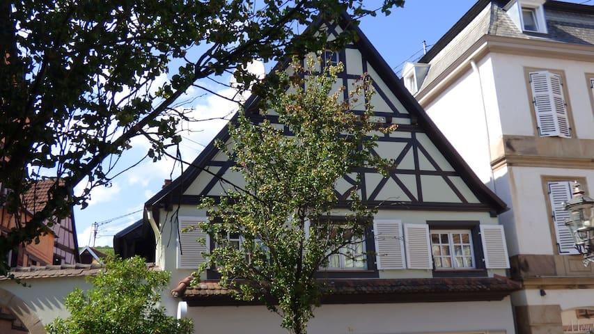 Gite dans maison typique alsacienne 95 m2 - Barr - Hus