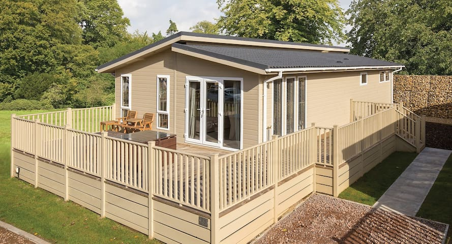 1 Bedroom Luxury Lodge at Blossom Hill - Honiton - Chalé