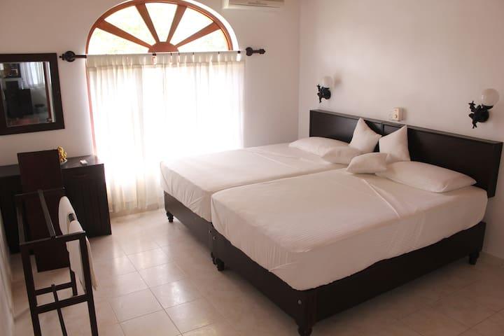 Sethra Villa - Bentota - Huis