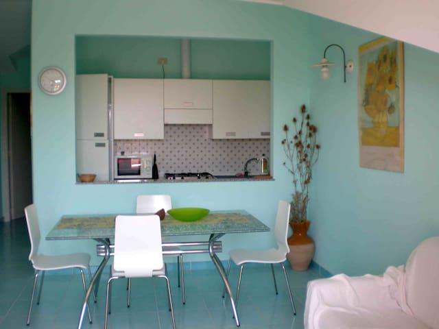 apartment near eucalyptus forest - Foce Varano