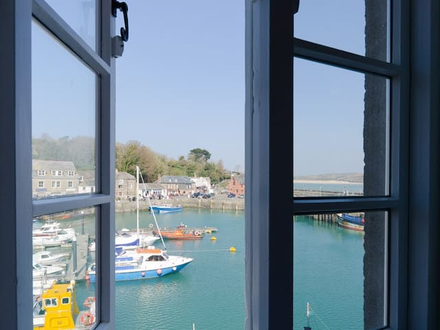 Harbourside at South Quay, Padstow. Parking inc. - Padstow - Leilighet