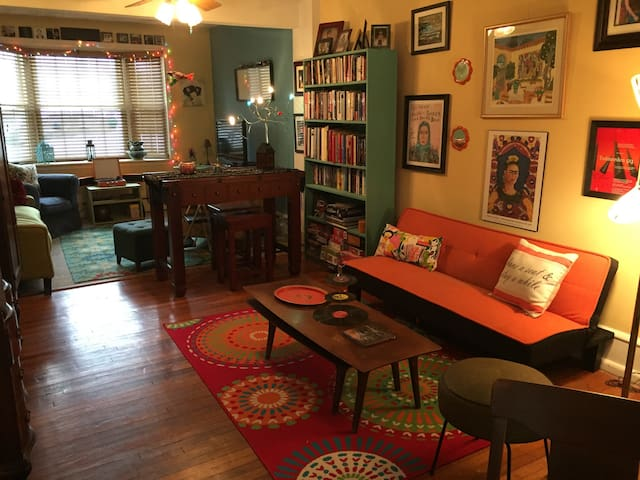 Charming Suite in  Sunny Artsy Home - Phoenixville - Haus