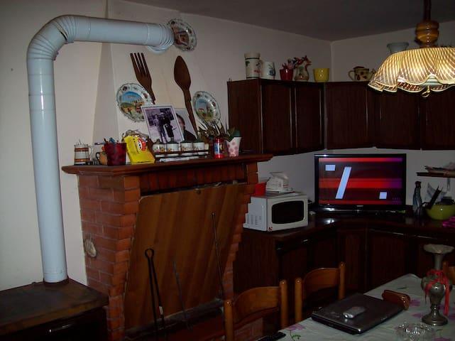 affittacamere via clementina - Serra San Quirico - Apartemen