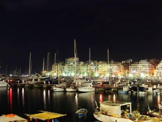 Piraeus City-Studio with Sea Views - Pireas - 公寓