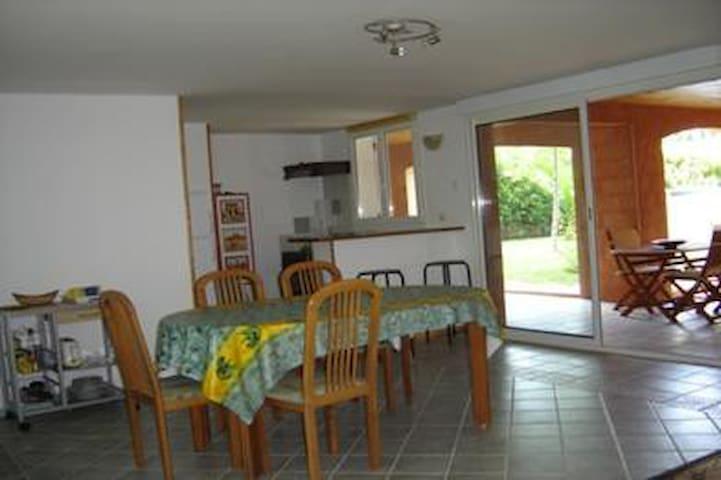 Poussière d'Escale - Gignac - Lägenhet