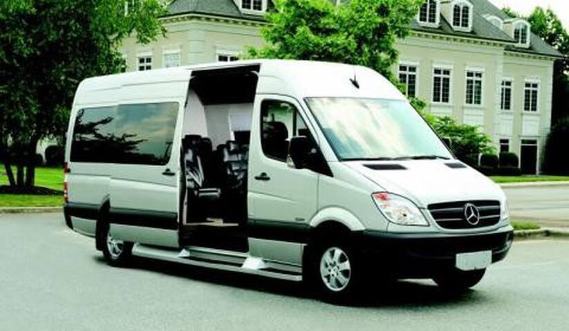 Customize Perth Tours - Gosnells - Ev