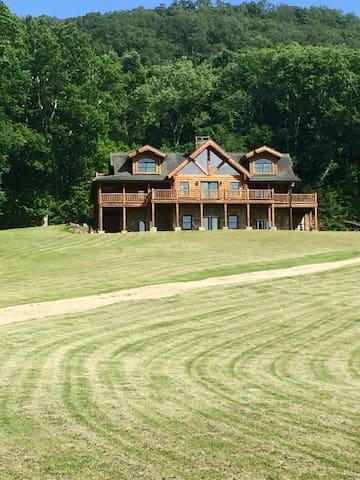 BuckHead Farms - Ooltewah - Houten huisje