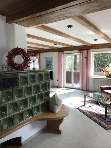 Großzügige, gemütliche Ferienwohnung,großer Balkon - Kempten - Leilighet