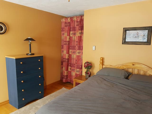 Bright bedroom - Bouctouche