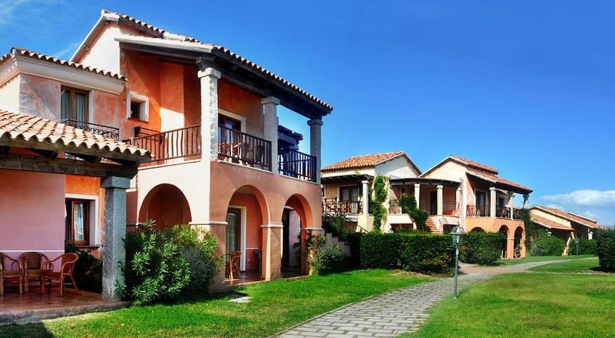 Appartamento in villaggio sul mare - San Teodoro - Leilighet