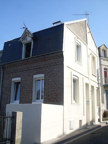 Maison de pêcheur meublée n°5 - Le Tréport - Dom