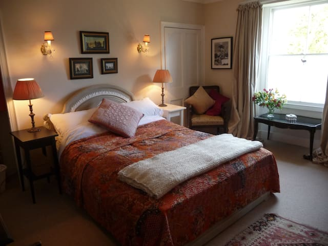 Cosy Room in Pretty Cottage - Combe Down - Casa
