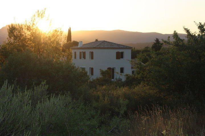 Chambre au calme dans maison avec piscine - Sainte-Croix-de-Quintillargues - Huis