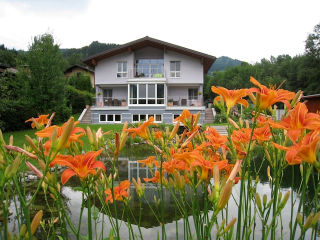 Apartment in the mountains, cozy and comfortable - Sankt Johann im Pongau - Departamento
