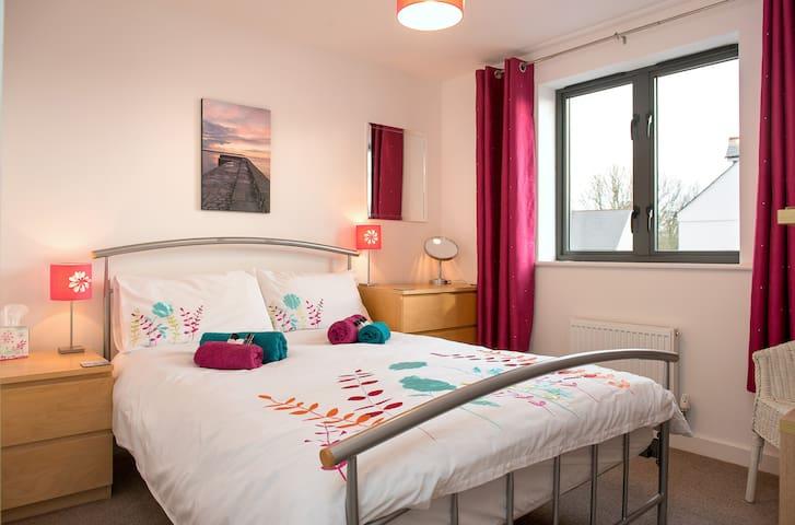 Quiet, sunny, friendly b&b - double room - Charlestown - Oda + Kahvaltı