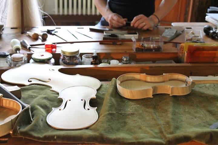 Giornata di costruzione del violino - Cremona - Huis