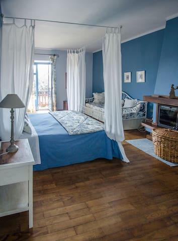 Appartamento Celeste vicinanze Alba - Corneliano d'Alba