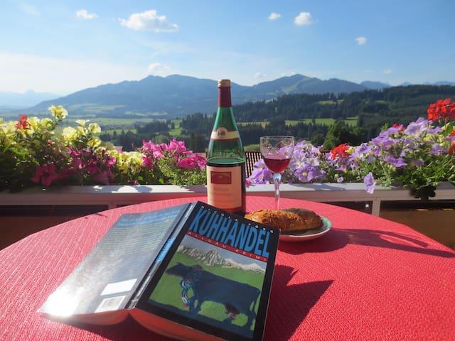 Haus Panorama Ferienwohnungen - Oy-Mittelberg