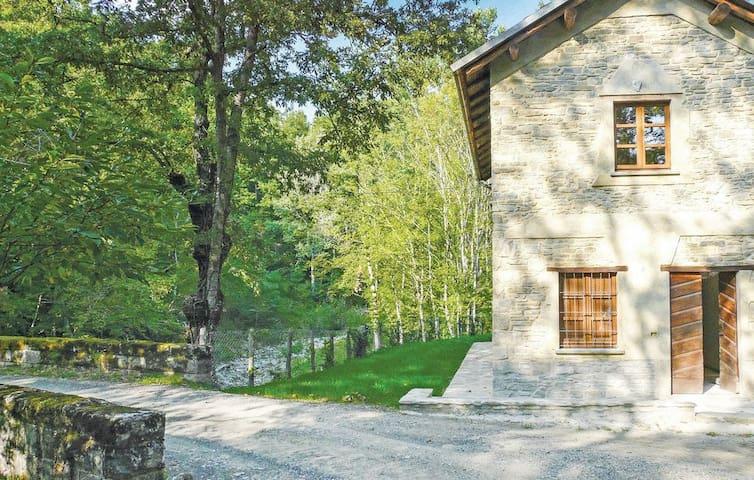 Casa del Ponte, in the heart of the woods - Borgo Val di Taro - Дом