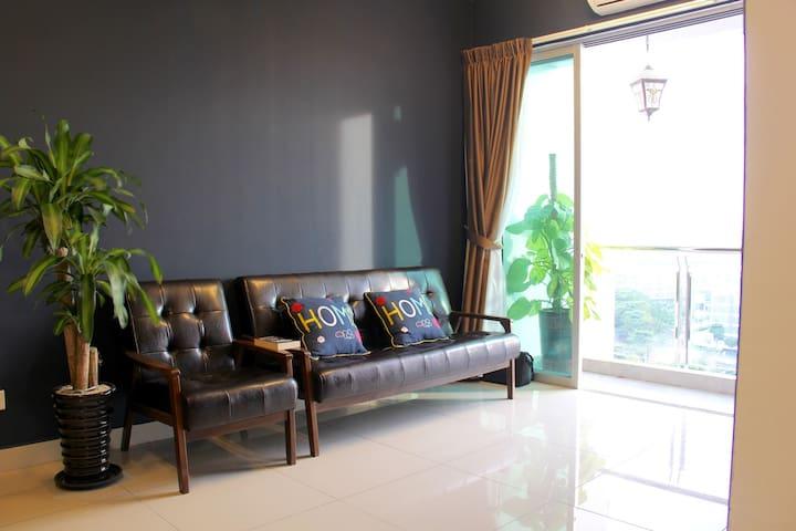 My Blue Home 1+1 BR @Mount Austin - Johor Bahru - Daire
