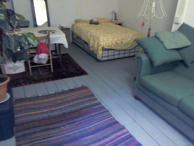 A Nice Place To Stay - Aberdare - 一軒家